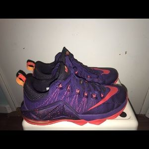 premium selection b6223 fcd07 Nike Lebron 12 Lows size 10 woman very little ware